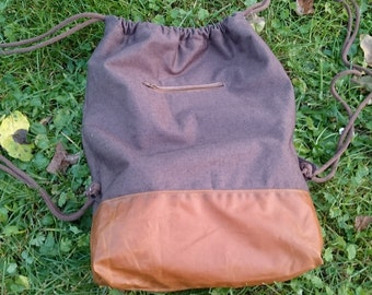 Waxed canvas bag / pouch