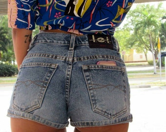 90's kid L.e.i. denim high waisted shorts