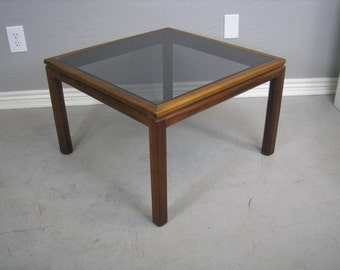 Mid Century Modern rosewood end  table