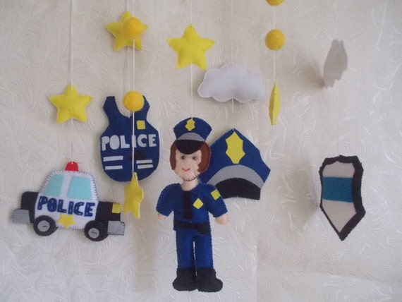 b b lit b b police mobile policier mobile gar on par lovecutefelt. Black Bedroom Furniture Sets. Home Design Ideas