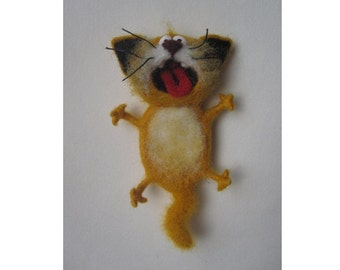 Singing cat, felt cat, yellow, Toys, magnet or brooch, Felt doll, Handmade toys, Needle felting, Felt toys, toy, gifts, Gifts for he