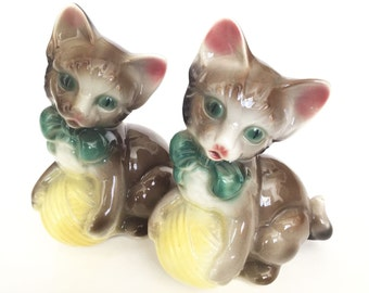 Royal Copley Large Kitten Figurine Set of Two
