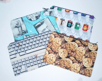 Makeup bags / zippered...FREE SHIPPING...chocolate chip cookies, computer keyboard, coffee mugs, Elvis