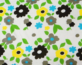 Floral Print Cotton Fabric Decorative Drape Fabric For Sewing Designer Fabric Supply Indian Floral Printed Apparel Fabric By 1 Yard  ZBC5062