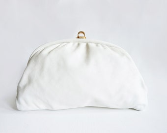 Vintage ivory 80's Joan Harper Italian clutch evening bag with gold closure