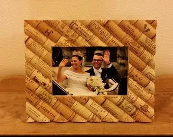 Beautiful Used Wine Cork Picture Frame (4x6) Wedding Decor