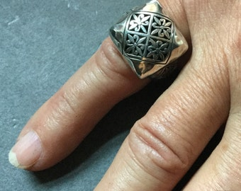 STERLING FILIGREE RING Domed Handmade size 6.5