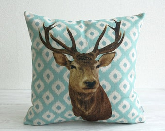 Jubilee Cushion Pillow cover case made of Natural Linen Reindeer (SE600A)
