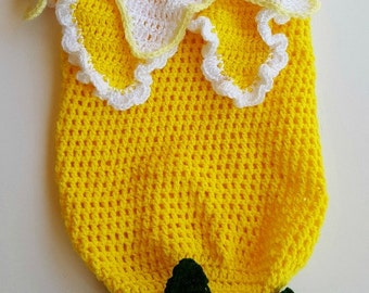 Crochet flower cocoon - Girls flower cocoon - Yellow cocoon - Photo prop - Infant cocoon - Baby cocoon