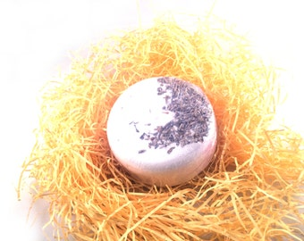 Natural & Vegan Bath Bomb - Peppermint, Rosemary and Geranium - Beauty And Beau - Vegan Gift