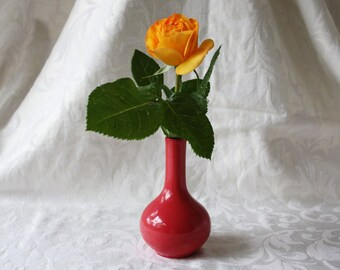Ball vase, Red