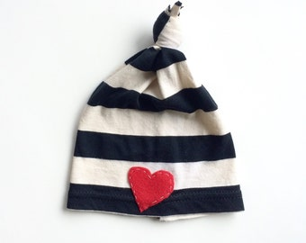 Black and white striped Baby knot hat with red heart, Gender neutral hospital hat, newborn photography prop, baby beanie, knot beanie