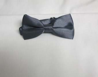 Dark Grey Bow Tie, Boy's Bow tie,Solid Bow tie, Bow Tie with Adjustable Strap, Boys Bowties, Kids BowTie, Wedding Bow Tie