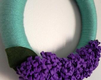 Yarn and Felt Wreath: Purple Flower