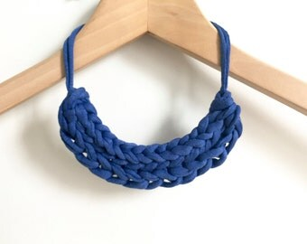 Blue necklace - T-shirt yarn necklace - Gift for her - Festival jewellery - Blue knitted necklace - Royal Blue jewellery