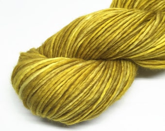 superwash merino DK singles yarn, hand dyed, 100g - Rumplestiltskin - gold, yellow