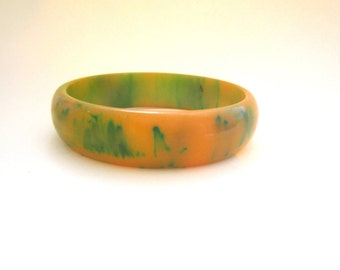Vintage bakelite end of the day bracelet, 1940