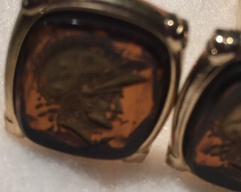 Handsome amber and gold cuff links vintage