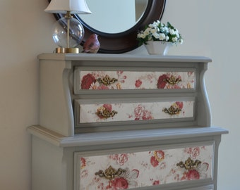 Dresser Painted with Annie Sloan French Linen Chalk Paint