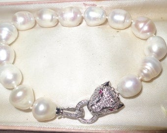 Lovely new handmade genuine 11-13mm freshwater baroque white pearl bracelet panther clasp