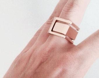 Geometric cutout ring, minimal ring, statement ring