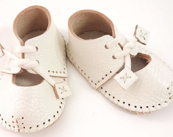 Baby shoes angel