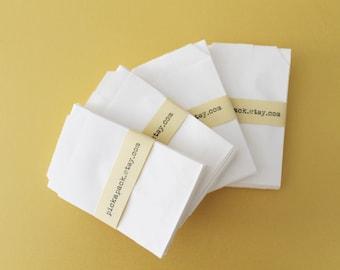 Small white paper bags/Mini sachets White kraft paper Petit sacs en papier
