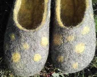 Girls felted slippers, yellow shoes, kid's slippers, gift