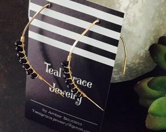 Gold minimalist earrings