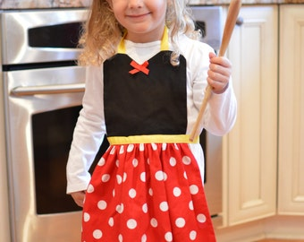 Minnie Mouse Apron - Ready to ship!!  Great gift!
