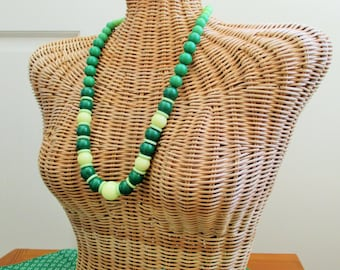 Mod Necklace Green Beaded Necklace Mod 60's 70's Lime Green