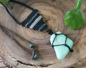 Macrame necklace with Chrysoprase