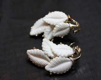 Vintage White Leaf Thermoset and Gold-tone Clip-on Earrings