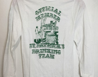 Items Similar To Tee Shirt Vintage 90 S University Of