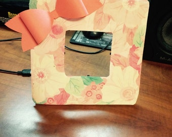 Floral picture frame with bow