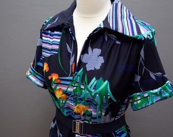 70s Floral Shift Dress // Dark Blue 1970s Polyester Dress