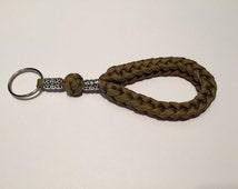 Paracord keychain, loop keychain, rope keychain, personalized keychain, Custom Keychain, beaded keychain, knotted keychain, key fob