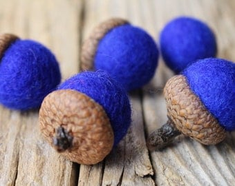 Royal blue Needle Felted Acorns. Wool Acorns, Natural toy. Home Decoration. Eco - friendly. Felt acorns. Set of 6