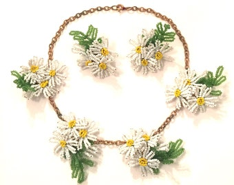 Vintage beaded daisy flower necklace and earring set