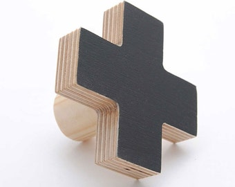Cross birch wall hooks- black