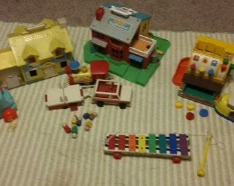 Vintage Fisher Price Little People lot