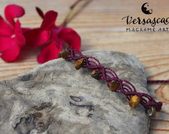 Macramé bracelet with Tiger eye stone chips