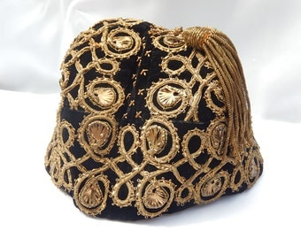 Very old Fez, fez, hat hand made by the Minor house in Brittany