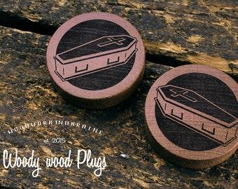 Plugs - wood plugs - ear plugs - coffin plugs - wooden plugs - castom plugs - wooden gauges - organic plugs - wooden ear plugs - sapele wood