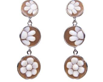 Cameo Silver earrings triple eyeshadow on sardonica