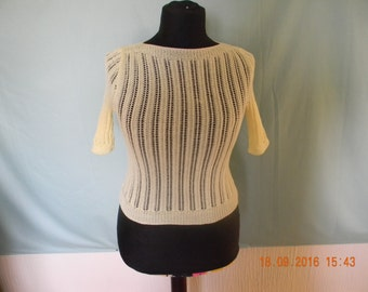 Handmade knitted reproduction 1940s style short sleeved jumper.