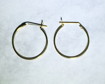 14 Karat Yellow Gold Hoop Earrings 7/8 inch Diameter with Hinge Post