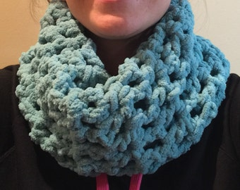 Crochet fleece infinity scarf