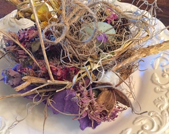 French country colorful vintage style plate floral decor ideas or ring bearer nest, with dried flowers and much more