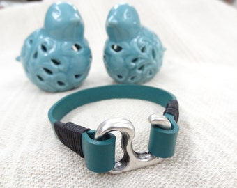EXPRESS SHIPPING,Men's Turquoise Blue Leather Bracelet, Hook Clasp Bracelet, Cuff Bracelet, Gifts for Boyfriend, Father' Day Gifts,